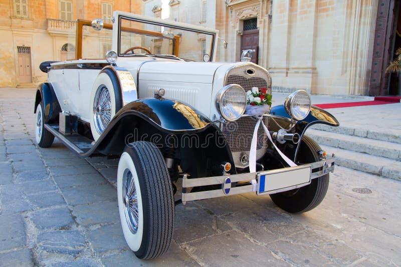 Carro do casamento do vintage foto de stock royalty free