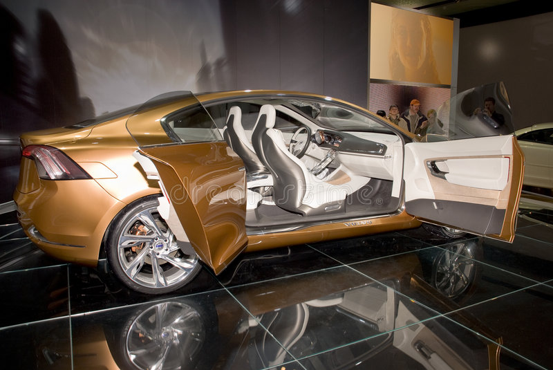 Carro do conceito de Volvo S60 foto de stock royalty free
