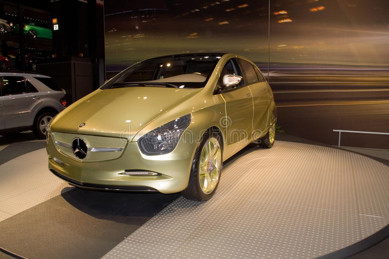 Carro do conceito do Benz de Mercedes imagens de stock