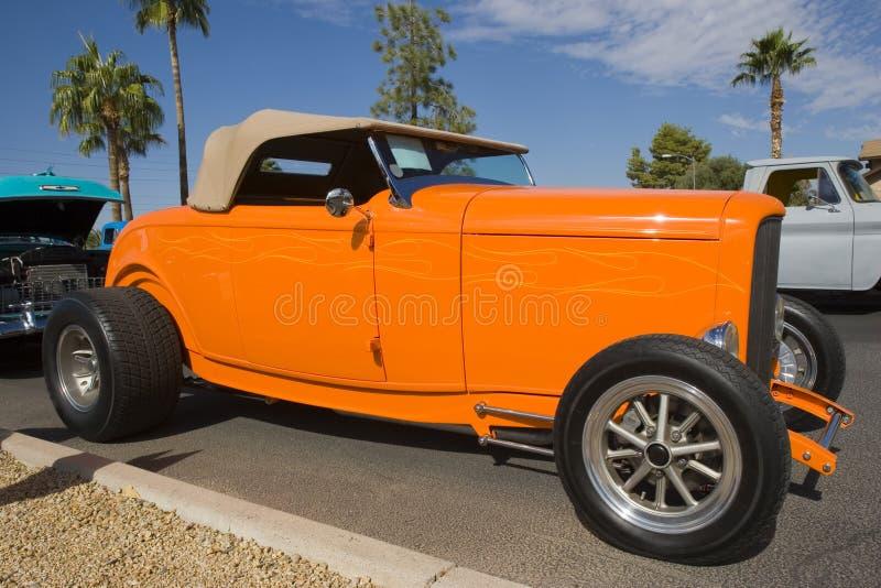 Carro do vintage na mostra de carro imagens de stock