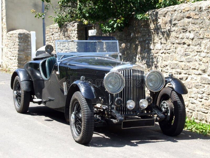 Carro do vintage (parte superior aberta) imagem de stock royalty free
