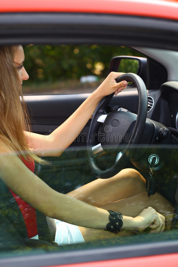 Carro e menina imagens de stock royalty free