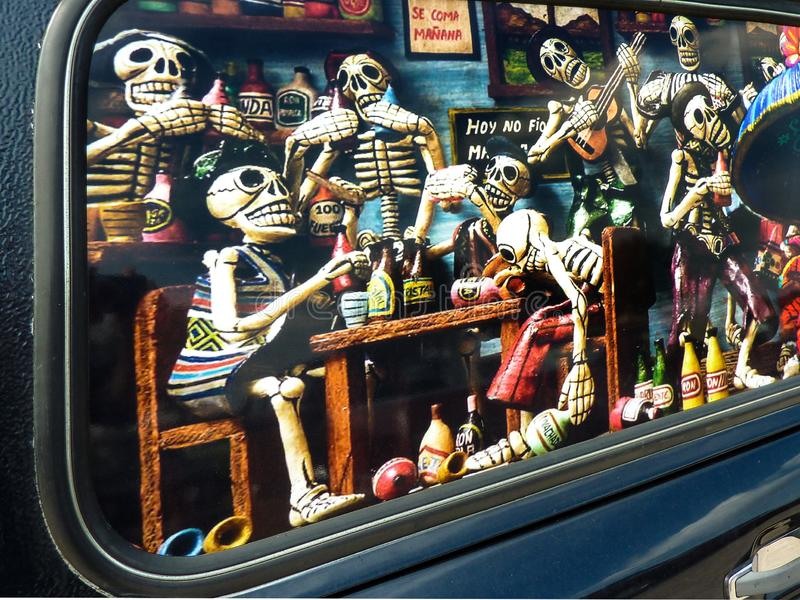 Carro fúnebre com pintura imagens de stock royalty free