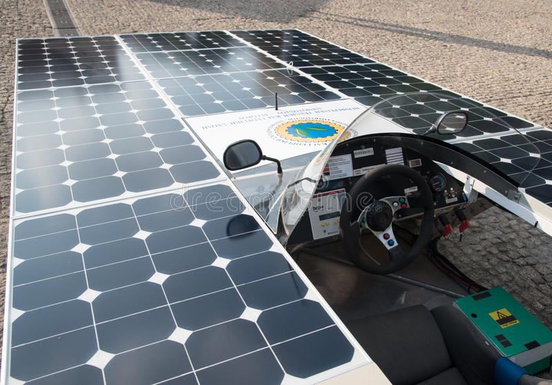 Carro feito a mão posto solar fotos de stock royalty free
