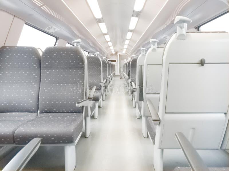 Carro ferroviario moderno imagen de archivo