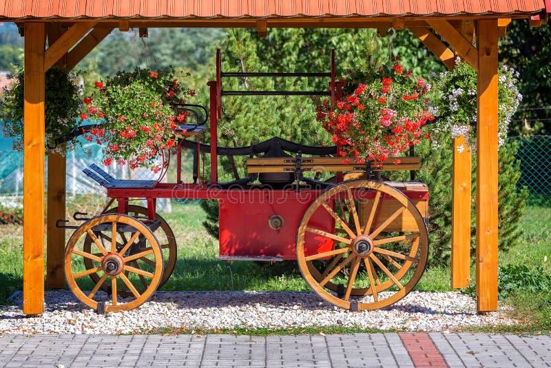 Carro húngaro antigo do fogo fotografia de stock