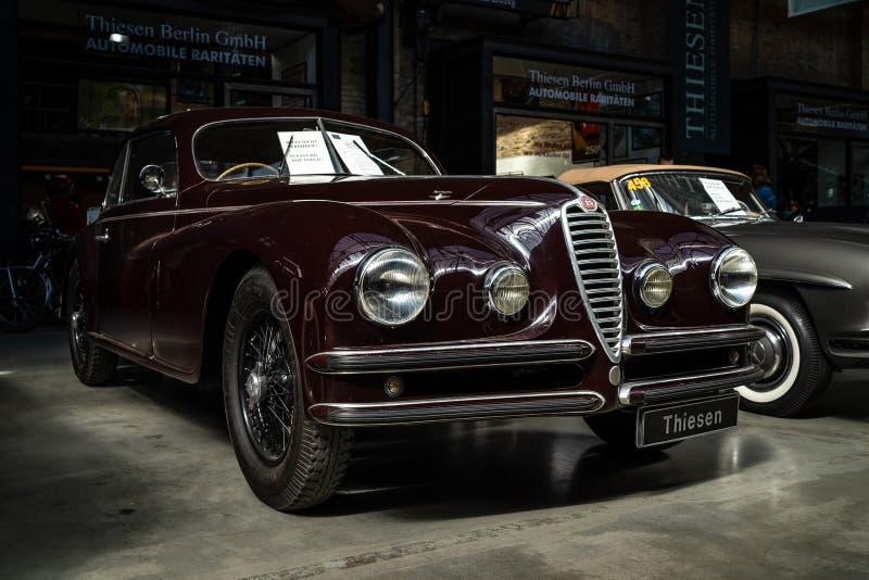 Carro luxuoso Alfa Romeo 6C 2500 S Berlinetta que visita Cupê, 1947 fotos de stock