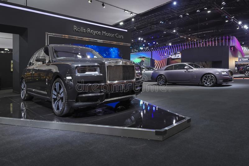 Carro luxuoso de Rolls Royce New Cullinan na exposição automóvel 2019 imagens de stock royalty free
