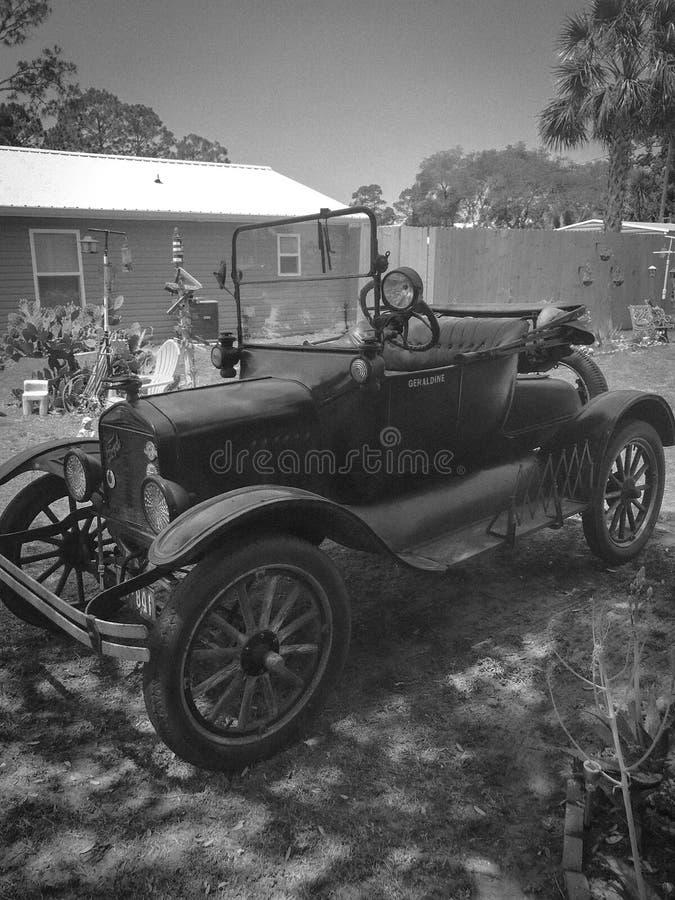 Carro modelo do vintage 1921 T imagem de stock