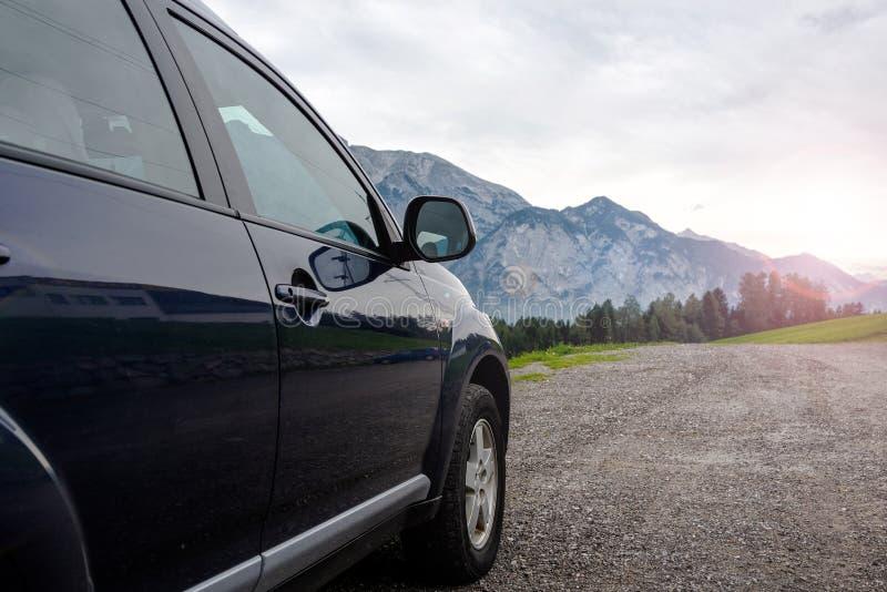 Download Carro para viajar foto de stock. Imagem de movimentação - 107529274