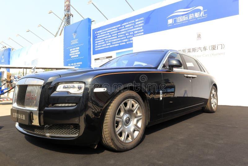 Carro preto de rolls royce imagens de stock royalty free