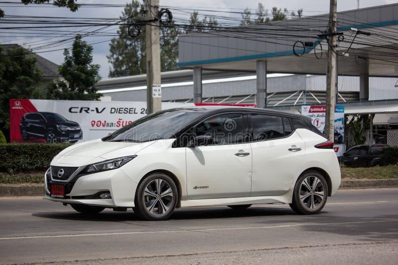 Carro privado, Nissan Leaf imagens de stock