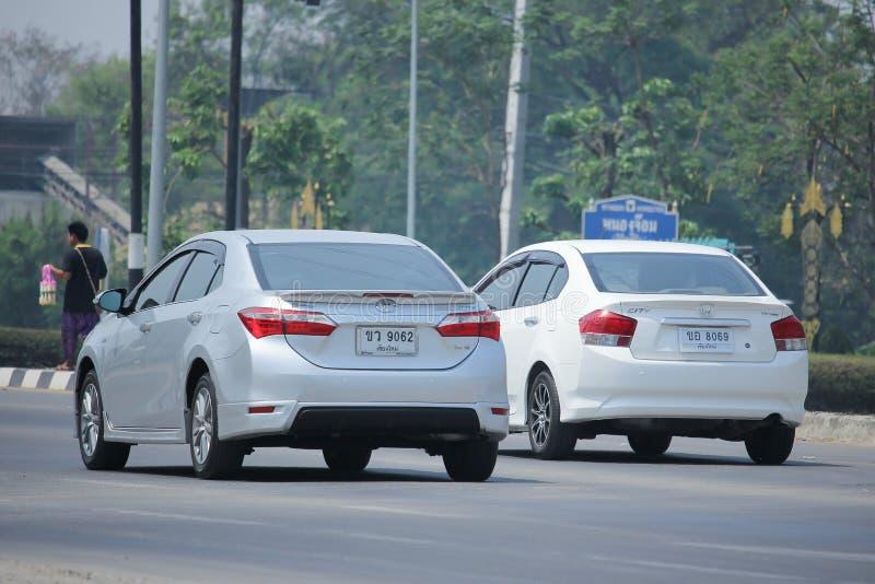 Carro privado, Toyota Corolla Altis fotos de stock