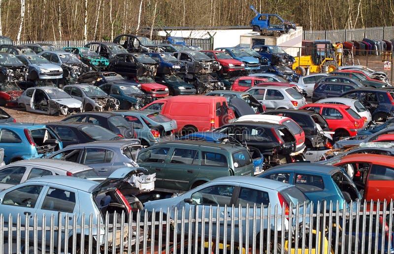 Carro Scrapyard foto de stock royalty free