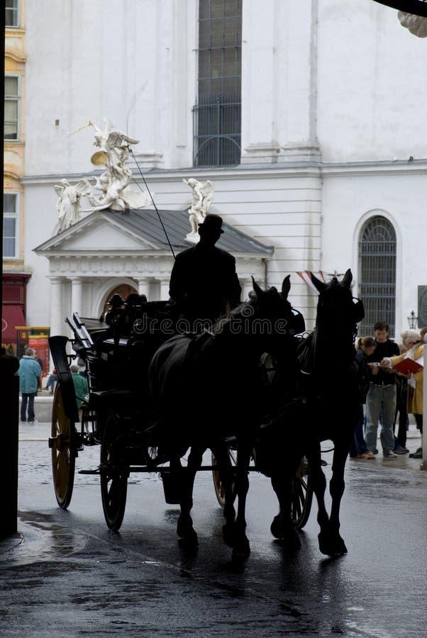 Carro traído por caballo fotos de archivo