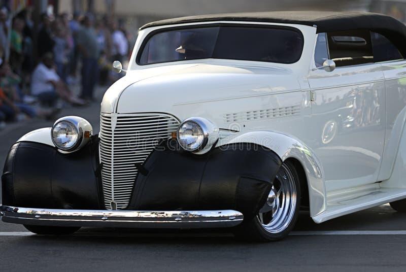 Carro velho clássico: Convertible branco imagens de stock