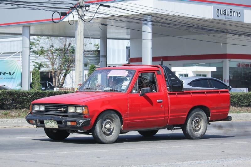 Carro velho privado do recolhimento, Nissan ou Datsan 1500 fotos de stock royalty free