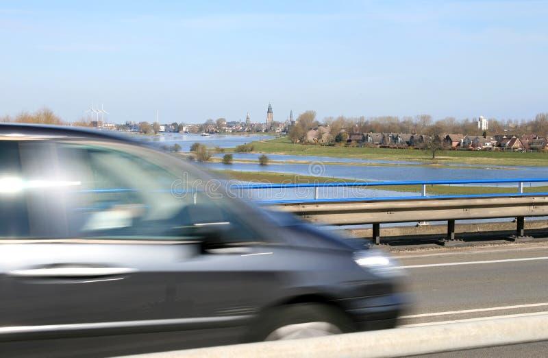 Carro, velocidade e paisagem fotografia de stock