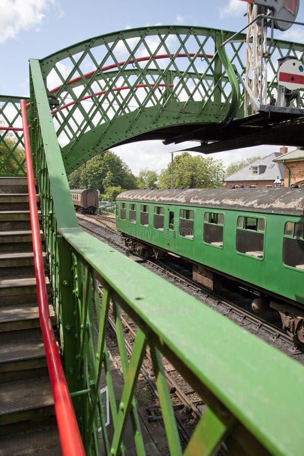 Carro verde do trem imagem de stock royalty free