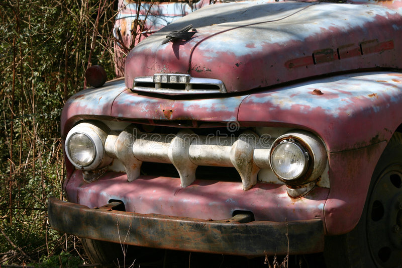 Carro viejo uno imagen de archivo