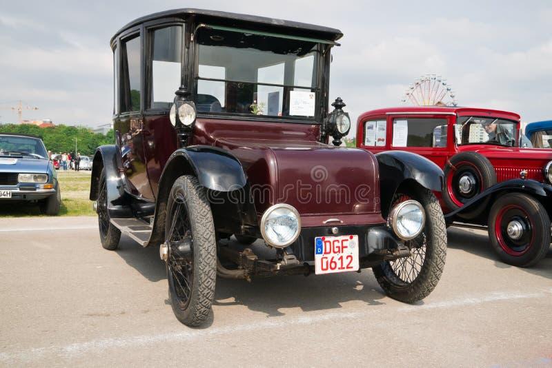 Carros clássicos no festival de mola de Munich foto de stock royalty free