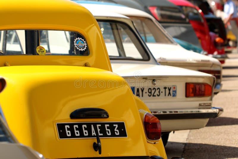Carros clássicos velhos do vintage fotografia de stock royalty free