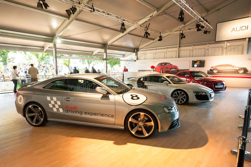 Carros de Audi imagens de stock