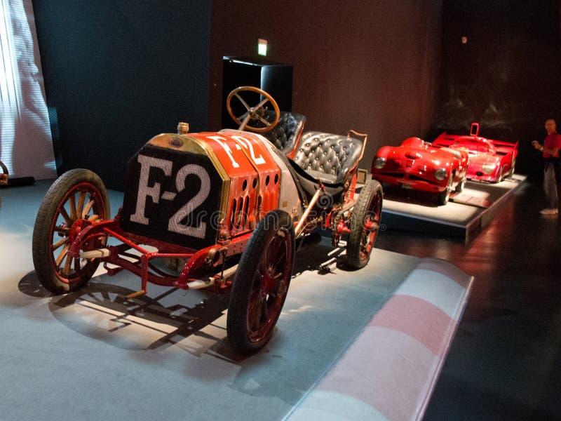 Carros de corrida italianos clássicos em Museo Nazionale dell'Automobile fotos de stock