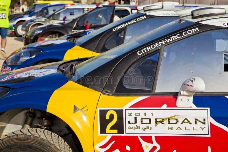 Carros de corridas da reunião estacionados imagem de stock royalty free