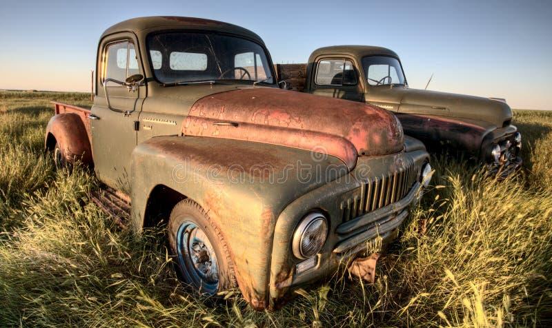 Carros de la granja de la vendimia imágenes de archivo libres de regalías