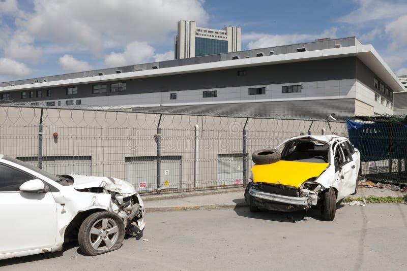 Carros deixados de funcionar na rua imagens de stock