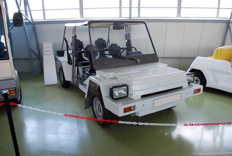 Carros experimentais no museu técnico de AVTOVAZ Cidade de Togliatti Região do Samara imagens de stock