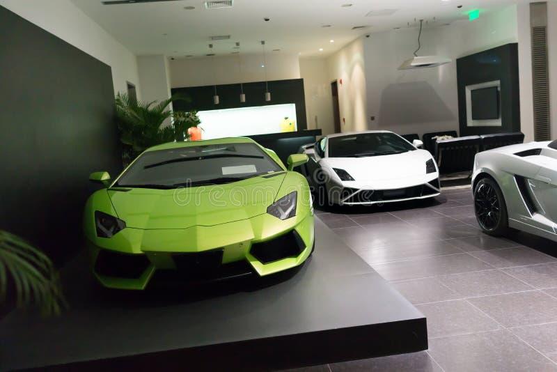 Carros para a venda foto de stock royalty free