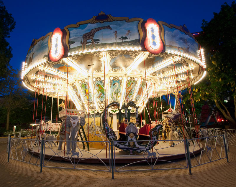 Carrousel dans Tivoli photos stock
