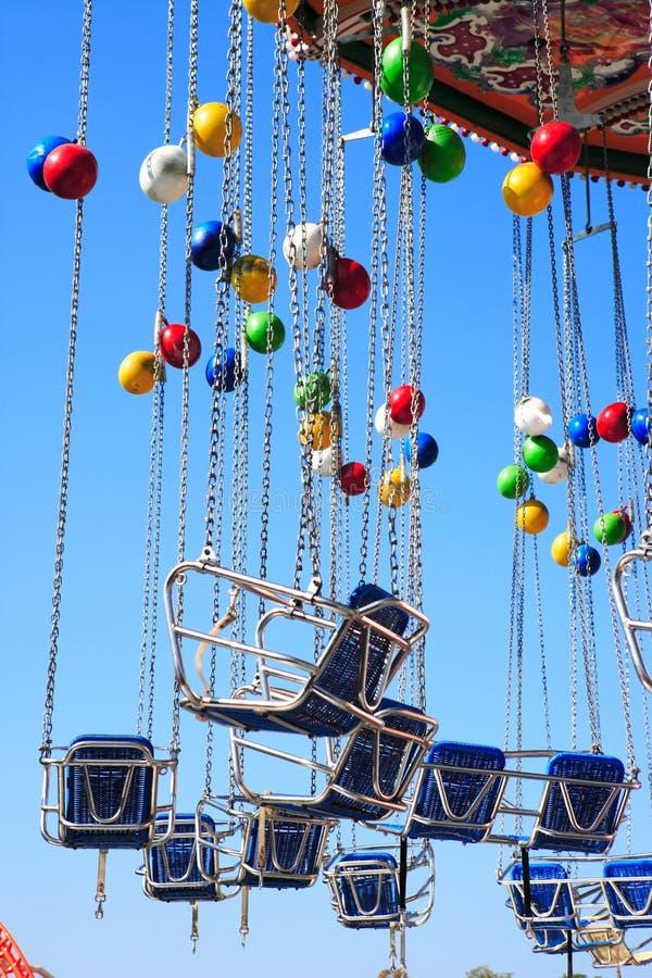 Carrousel met ballons stock foto