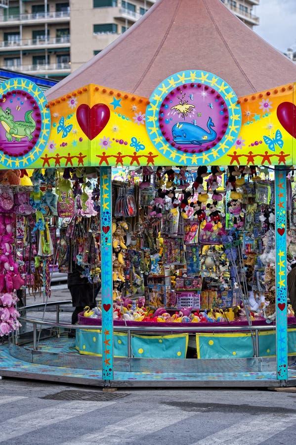 Carrousel mobile de Luna Park de carnaval de foire d'amusement photographie stock libre de droits