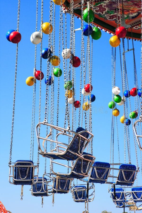 Carrusel con los globos foto de archivo