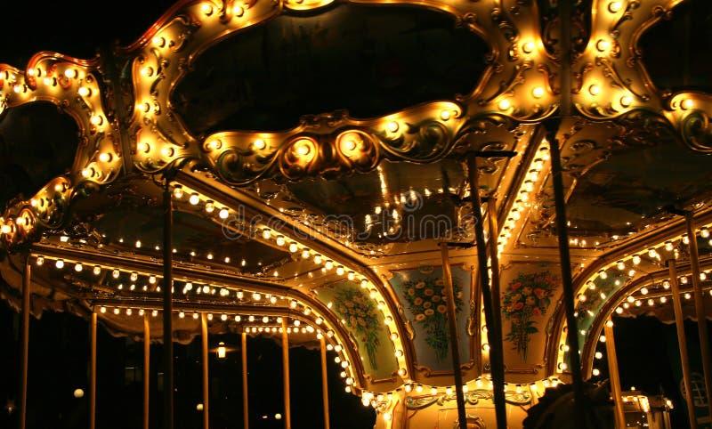 Carrusel en noche imagen de archivo libre de regalías