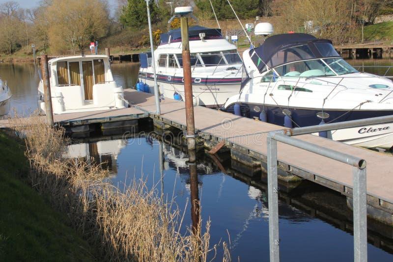 Carrybridge, lac supérieur Erne, croiseurs de rivière image libre de droits