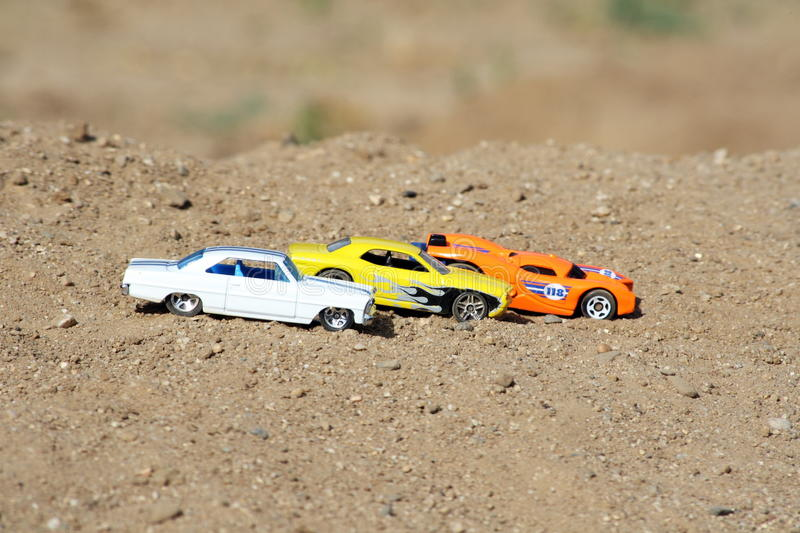 Download Cars Lined Up Royalty Free Stock Images - Image: 17096259
