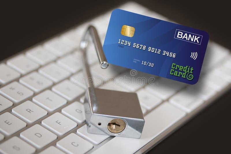 Cartão de crédito, cadeado inoxidável no teclado de computador Segurança da rede do PC, segurança de dados e conceito da proteção fotos de stock royalty free