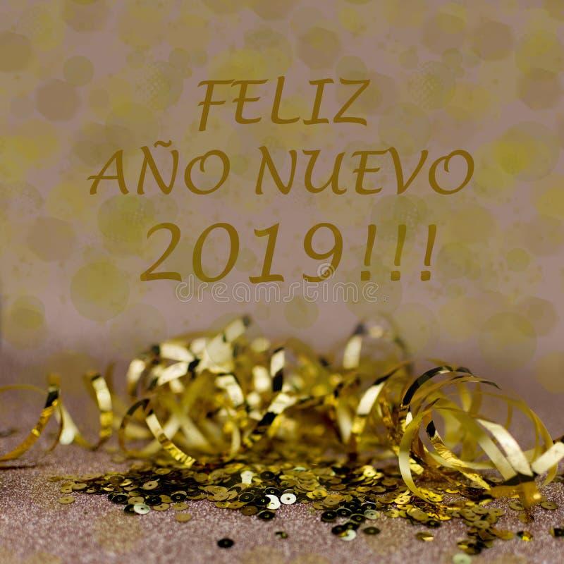 Cartão de cumprimentos do ano novo 2019 Efeitos do brilho e do bokeh no fundo imagens de stock