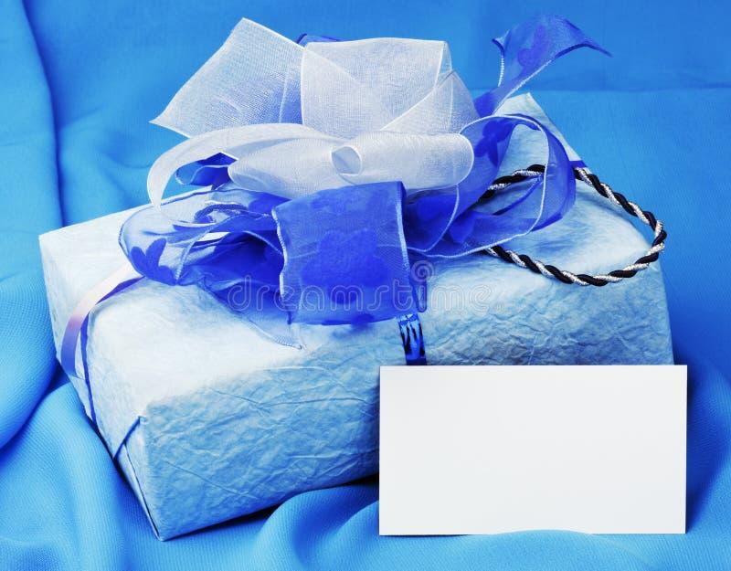 Download Cartão De Natal Com Caixas De Presente Imagem de Stock - Imagem de cópia, objetos: 16869657