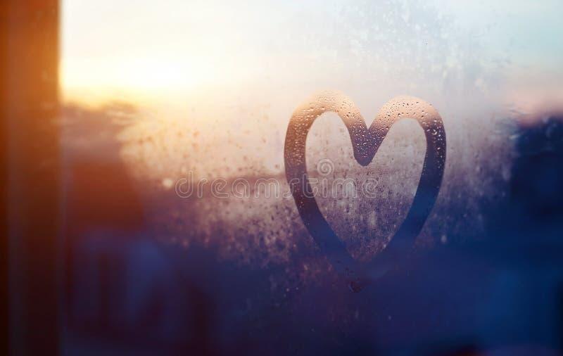Cartão do dia de Valentim, amor e conceito da bondade foto de stock royalty free