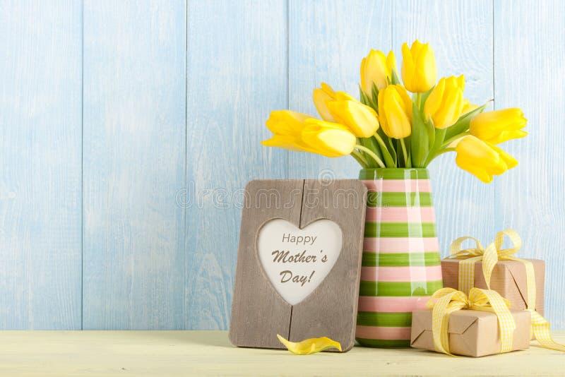 Cartão do dia do ` s da mãe fotografia de stock royalty free