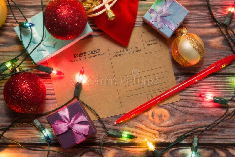 Cartão dos cumprimentos do Natal do vintage e do ano novo imagens de stock royalty free