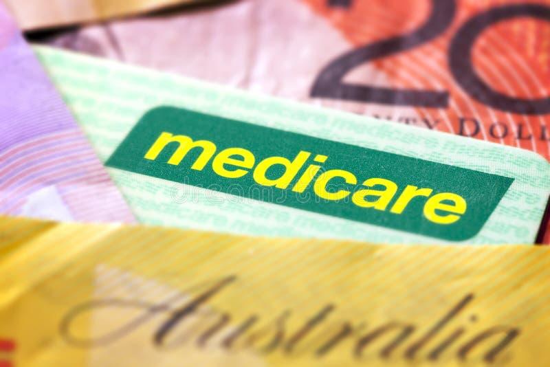 Cartão e dinheiro de Medicare do australiano fotografia de stock royalty free