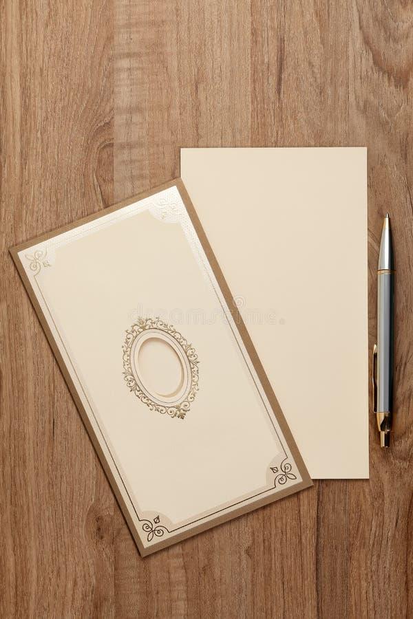 Cartão em branco do convite imagens de stock