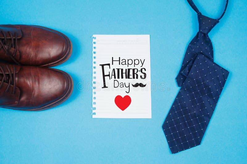 Cartão feliz do dia de pai com laço foto de stock