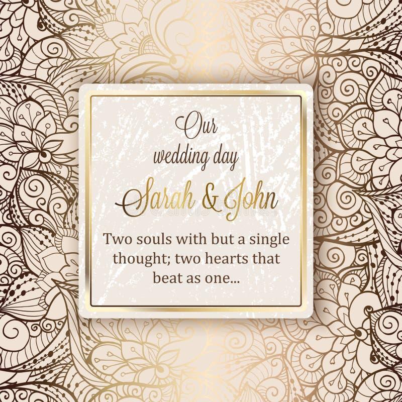 Cartão luxuoso barroco intrincado do convite do casamento, decoração rica do ouro no fundo bege com quadro e lugar para o texto,  ilustração do vetor